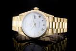 Rolex Day-Date (36mm) Ref.: 18038 in 18k Gelbgold mit weißem Zifferblatt aus 1978