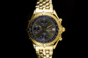 Breitling Chronomat (39mm) in 18k Gelbgold