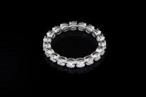 Memoryring mit Diamanten in 18k Weißgold