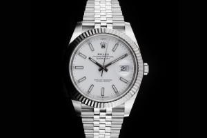 Rolex Datejust 41 (41mm) Ref.: 126334 weißes Zifferblatt mit Box & Papieren (LC100) aus 2019