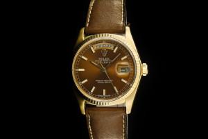 Rolex Day-Date (36mm) Ref.: 18038 in 18k Gelbgold mit Lederband & neuem Brown-Dial aus 1977-78