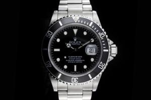 Rolex Submariner (40mm) Ref.: 16610 mit Box & Papieren (LC23) 2007 mit Rehaut Gravur