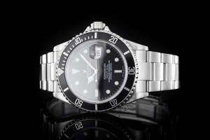 Rolex Submariner (40mm) 16610