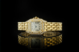 Cartier Panthère (30x22mm) in Gelbgold