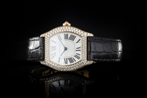 Cartier Tortue (28x26mm)