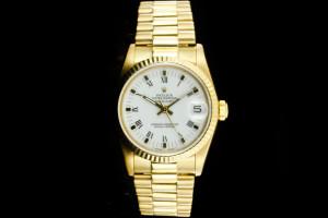 Rolex Datejust Medium (31mm) Ref.: 68278 in Gelbgold mit weißem Zifferblatt Papiere aus 1987