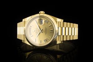 Rolex Day-Date 40 (40mm) Ref.: 228238 in Gelbgold mit Box & Papieren aus 2018