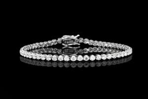 Tennisarmband mit Diamanten (ca. 2,62ct) | 18k Weißgold