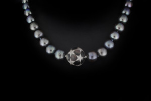 Tahitiperlenkette mit diamantbesetztem Verschluss