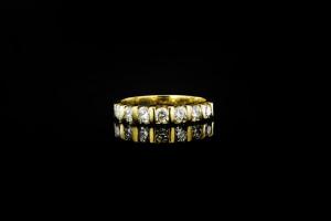 Gelbgoldring mit ca. 1,08ct. Diamanten