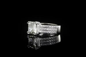 Diamantring mit einem ca. 2,5ct. Diamanten