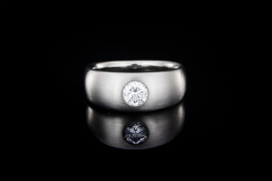 Platin Diamantring (Gr. 58) in Platin mit einem ca. 0,55ct. Diamanten