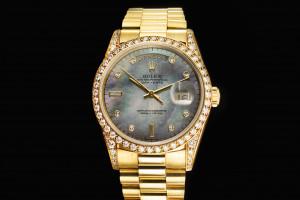 Rolex Day-Date (36mm) Ref.: 18388 in 18k Gelbgold mit Box & Papieren aus 1994