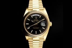 Rolex Day-Date 40 (40mm) Ref.: 228238 in Gelbgold mit Box & Papieren aus 2021