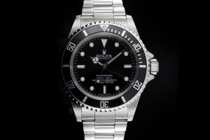 Rolex Submariner 14060M Box & Papiere 2011 LC100 G Serial