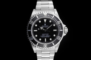 Rolex Submariner (40mm) 14060M Box & Papieren 2010